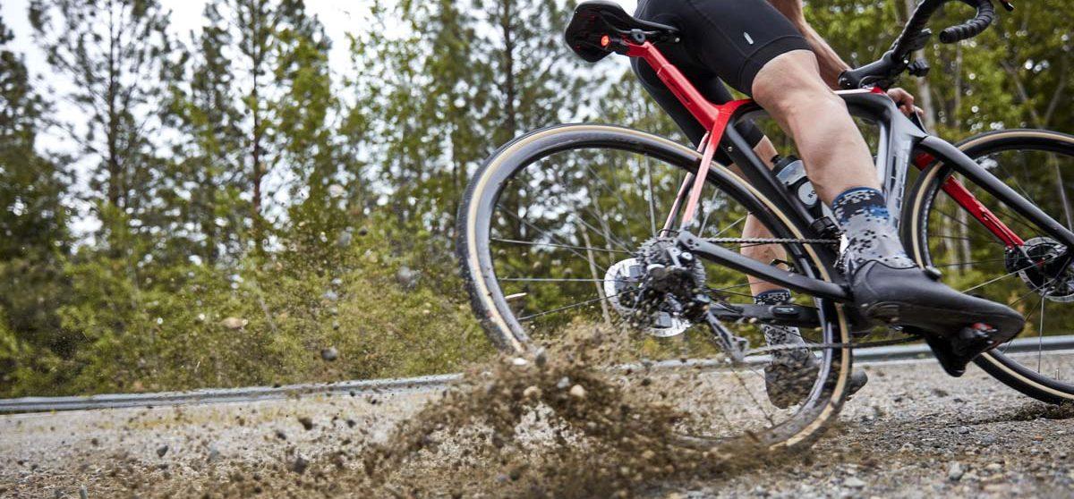 Trek Domane SL with Bontrager TLR Rim and tires